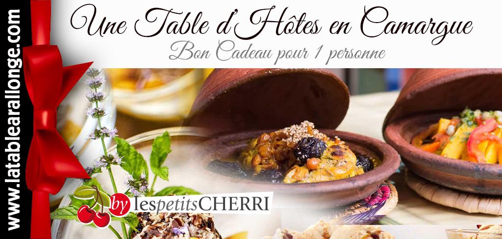 Offrir une TABLE D'HÔTES à LA TABLE A RALLONGE EN CAMARGUE